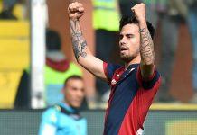 Fernandez Suso of Genoa celebrates after scoring a goal during the Serie A match between Genoa CFC and Frosinone Calcio at Stadio Luigi Ferraris on April 3, 2016 in Genoa, Italy.