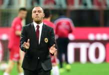 AC Milan's coach from Italy Cristian Brocchi gestures before the Italian Serie A football match AC Milan' vs Carpi at 'San Siro' Stadium in Milan on April 21, 2016. / AFP / GIUSEPPE CACACE