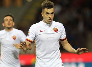 Stephan El Shaarawy of AS Roma celebrates his goal during the Serie A match between AC Milan and AS Roma at Stadio Giuseppe Meazza on May 14, 2016 in Milan, Italy. (Photo by Marco Luzzani/Getty Images)