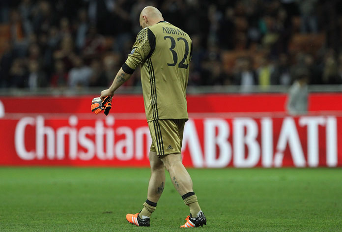 Abbiati salutes the fans for his last game to his career at the end of Milan-Roma at Stadio San Siro on May 14, 2016 in Milan, Italy. Milan lost the match 3-1. (Photo by Marco Luzzani/Getty Images)