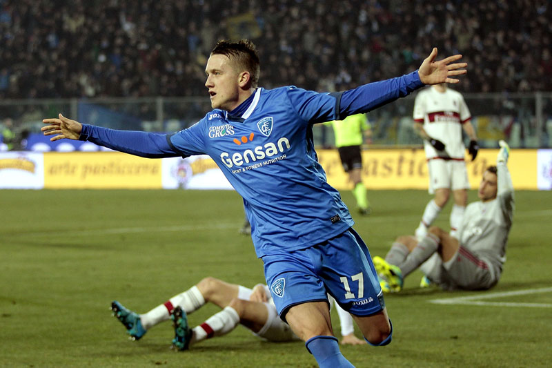 Piotr Zielinski of Empoli FC celebrates after scoring a goal during the Serie A match between Empoli FC and AC Milan at Stadio Carlo Castellani on January 23, 2016 in Empoli, Italy. (Photo by Gabriele Maltinti/Getty Images)