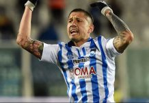 Gianluca Lapadula of Pescara Calcio celebrates after scoring the goal 1-1 during the Serie B match between Pescara Calcio and Vicenza Calcio at Adriatico Stadium on February 12, 2016 in Pescara, Italy. (Photo by Giuseppe Bellini/Getty Images)