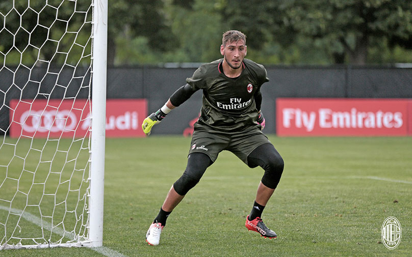 Donnarumma in training (@acmilan.com)