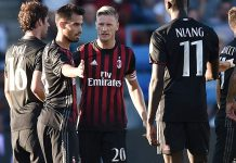 AC Milan's midfielder Suso (C) celebrates with teamamtes after scoring a goal during the friendly football between Bordeaux and AC Milan on July 16, 2016 at the Armandie stadium in Agen, southwestern France. / AFP / NICOLAS TUCAT (Photo credit should read NICOLAS TUCAT/AFP/Getty Images)