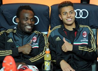 Michael Essien (L) and Hachim Mastour of AC Milan prior to the Serie A match between AC Milan and US Sassuolo Calcio at San Siro Stadium on May 18, 2014 in Milan, Italy. (Photo by Claudio Villa/Getty Images)