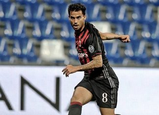 Suso in action against Sassuolo at the Trofeo TIM on August 11th 2016 at the Mapei Stadium (@acmilan.com)