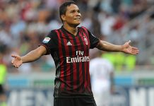 Carlos Bacca of AC Milan celebrates his third goal during the Serie A match between AC Milan and FC Torino at Stadio Giuseppe Meazza on August 21, 2016 in Milan, Italy. (Photo by Marco Luzzani/Getty Images)
