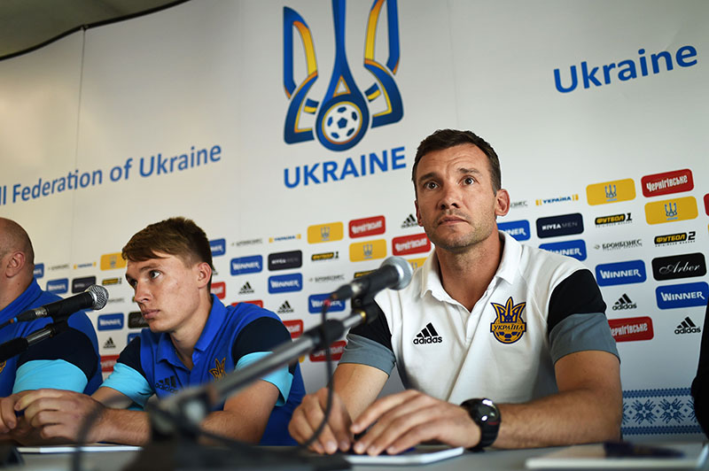 Andriy Shevchenko hold a press conference in Aix-en-Provence, southeastern France, on June 13, 2016, during the Euro 2016 football tournament. / AFP / ANNE-CHRISTINE POUJOULAT (Photo credit should read ANNE-CHRISTINE POUJOULAT/AFP/Getty Images)