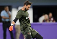 Gianluigi Donnarumma #99 of AC Milan warms up before the International Champions Cup match against Chelsea on August 3, 2016 at U.S. Bank Stadium in Minneapolis, Minnesota. Chelsea defeat AC Milan 3-1. (Photo by Hannah Foslien/Getty Images)