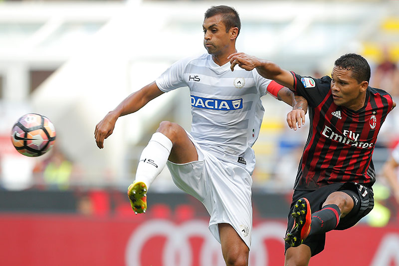 Bacca and Danilo Larangeira during Milan 0-1 Udinese on September 11, 2016 at Stadio San Siro Stadium. (MARCO BERTORELLO/AFP/Getty Images)