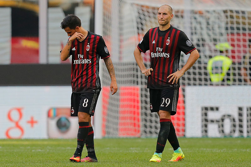 Suso and Gabriel Paletta at Milan 0-1 Udinese on September 11, 2016 at Stadio San Siro. (MARCO BERTORELLO/AFP/Getty Images)