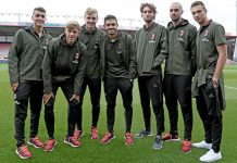 The Milan Primavera players before Bournemouth-Milan on the 3rd of September 2016 at the Vitality Stadium (@acmilan.com)