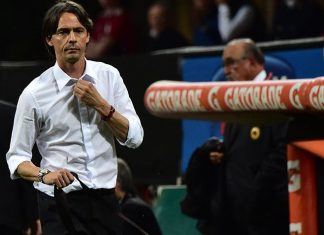 Filippo Inzaghi leaves the pitch after being sent off by the referee during the Serie A football match between AC Milan and AS Roma at San Siro Stadium in Milan on May 9, 2015. AFP PHOTO / GIUSEPPE CACACE (Photo credit should read GIUSEPPE CACACE/AFP/Getty Images)