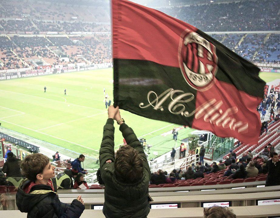 Fans at San Siro (@acmilan.com)