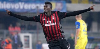 Niang celebrating after scoring during hievo-Milan on the 16th of October 2016 at Stadio Marc'Antonio Bentegodi (Photo by Dino Panato/Getty Images)