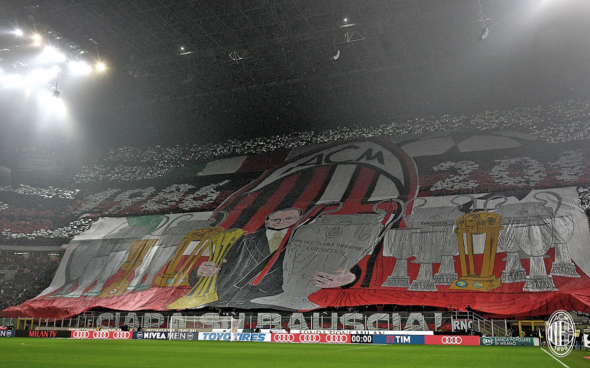 The choreography in honor of Silvio Berlusconi before Milan-Inter at Stadio San Siro on the 20th of November 2016 (@acmilan.com)