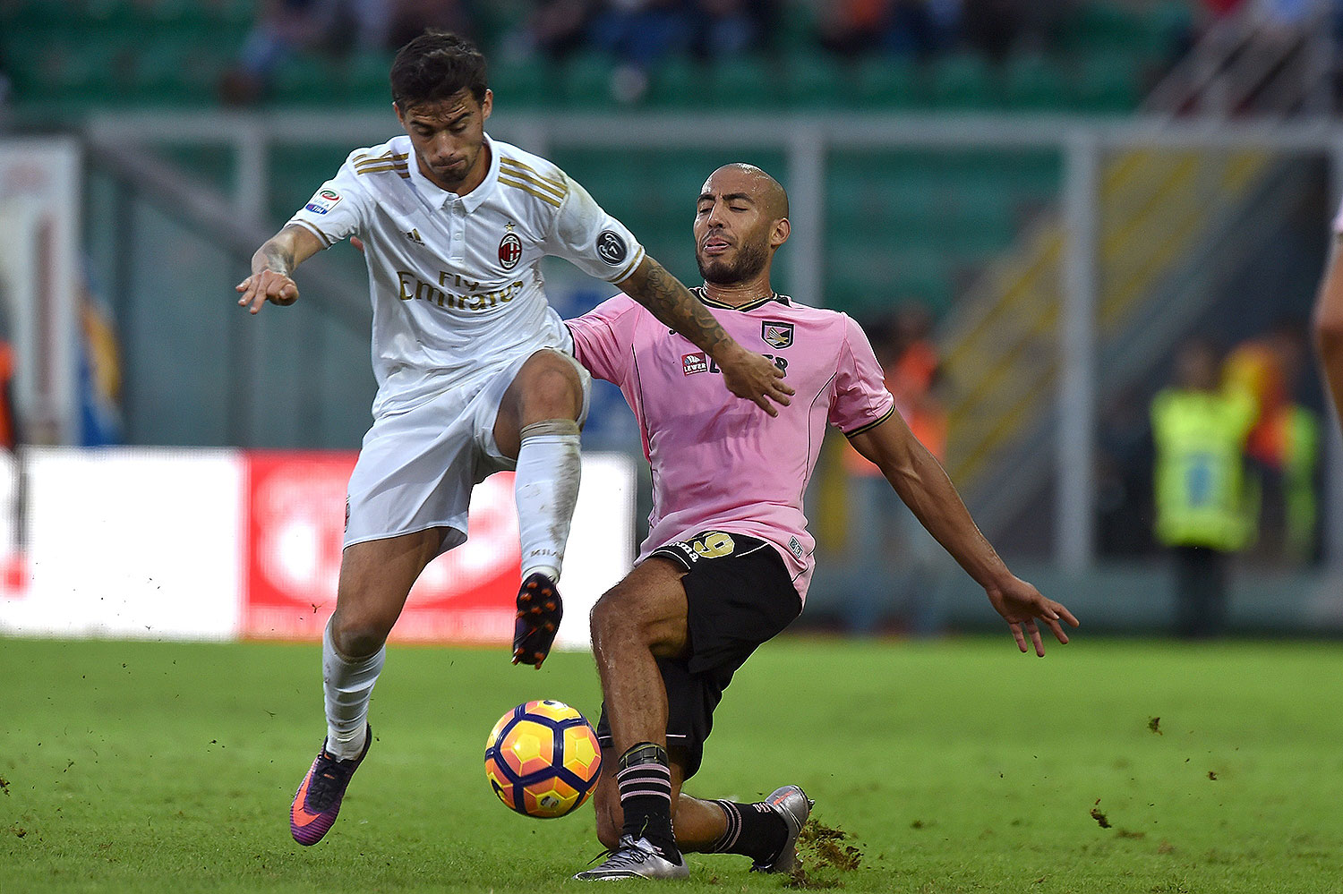 Suso and Haitam Aleesami during Palermo-Milan at Stadio Renzo Barbera on the 6th of November 2016. (Photo by Tullio M. Puglia/Getty Images)