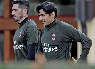 Mati Fernandez and Jose Sosa during training at Milanello (@acmilan.com)