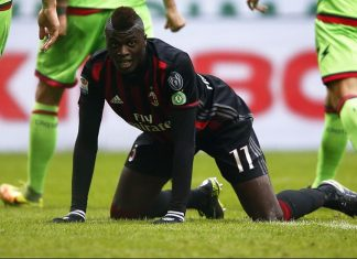 Niang during Milan-Crotone at Stadio San Siro on the 4th of December 2016 (MARCO BERTORELLO/AFP/Getty Images)