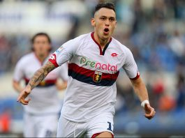 Lucas Ocampos celebrates after scoring during Lazio-Genoa at Stadio Olimpico on the 20th of November 2016 (Photo by Paolo Bruno/Getty Images)