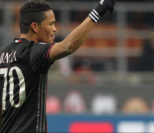 Bacca celebrating after scoring during Milan-Cagliari at Stadio San Siro on the 8th of January 2017 (Photo by Marco Luzzani/Getty Images)