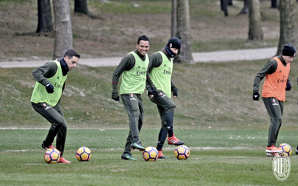 Giacomo Bonaventura, Carlos Bacca, Mattia De Sciglio and Davide Calabria during training at Milanello (@acmilan.com)