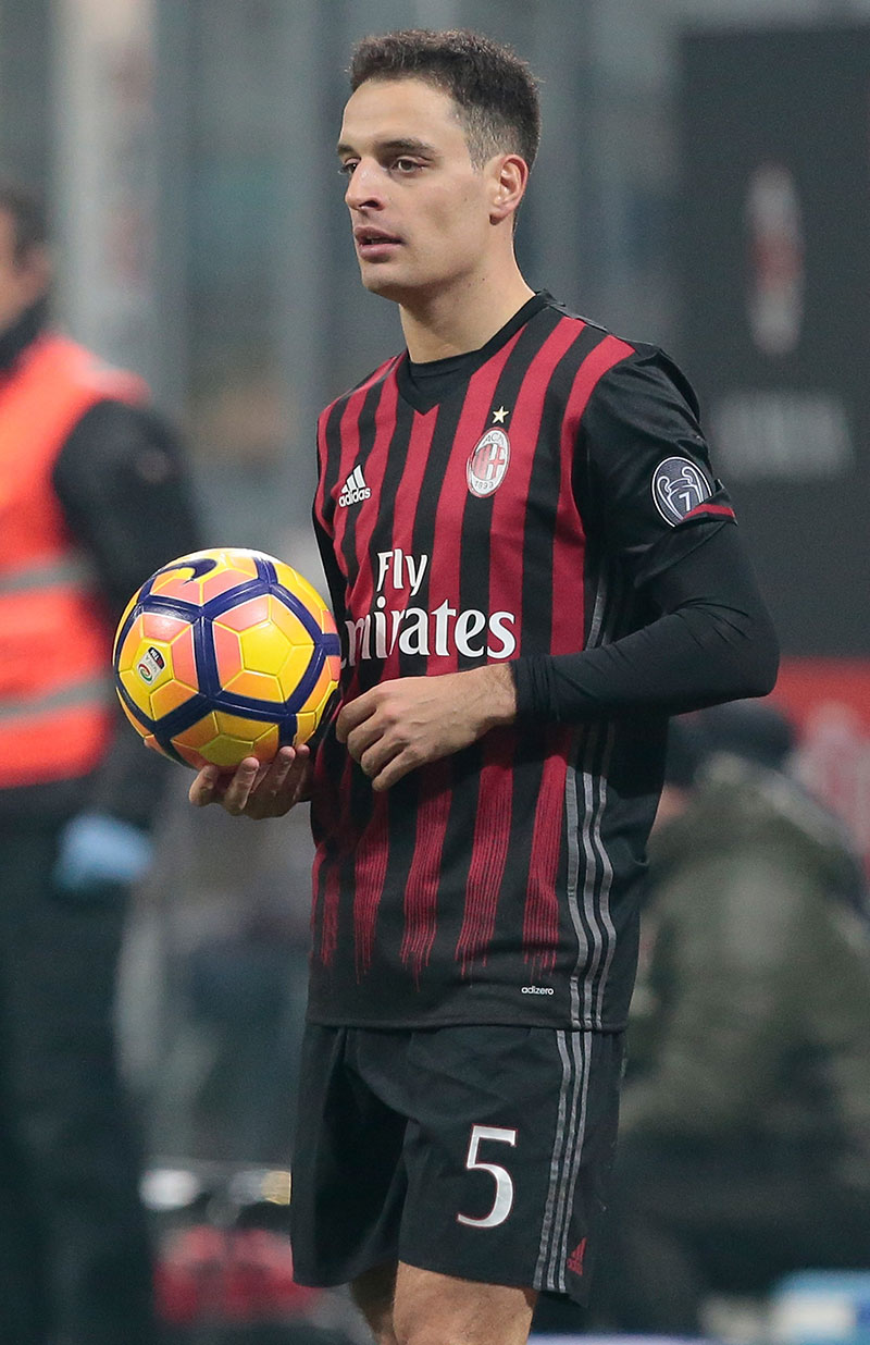 Giacomo Bonaventura during Milan-Napoli at Stadio San Siro on the 21st of January 2017. (Photo by Getty Images/Getty Images)
