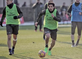 Matias Fernandez during training at Milanello (@acmilan.com)