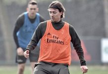 Riccardo Montolivo during training at Milanello (@acmilan.com)
