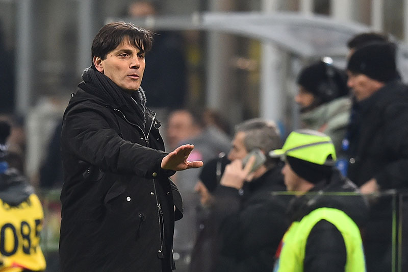 Vincenzo Montella during Milan-Napoli at Stadio San Siro on the 21st of January 2017. (GIUSEPPE CACACE/AFP/Getty Images)
