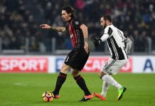 Alessio Romagnoli and Gonzalo Higuain during Juventus-Milan at the Juventus Stadium on the 25th of January 2017. (Photo by Valerio Pennicino/Getty Images)