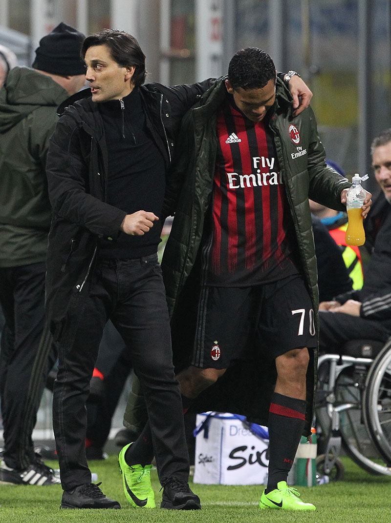 Vincenzo Montella and Carlos Bacca during Milan-Chievo at Stadio San Siro on the 4th of March 2017. (Photo by Marco Luzzani/Getty Images)