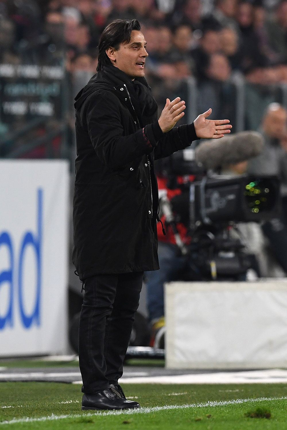 Vincenzo Montella during Juventus-Milan at the Juventus Stadium on the 10th of March 2017. (Photo by Valerio Pennicino/Getty Images)