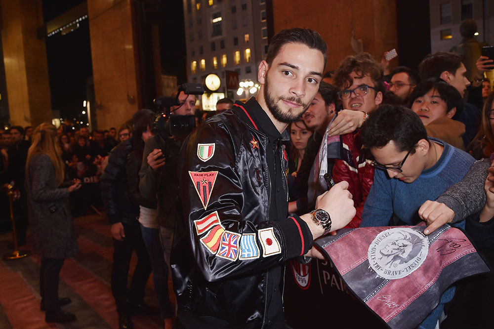 Mattia De Sciglio signs autographs during The New Bomber Presentation at the Diesel Store on the 14th of March 2017. (Photo by Jacopo Raule/Getty Images for Diesel)