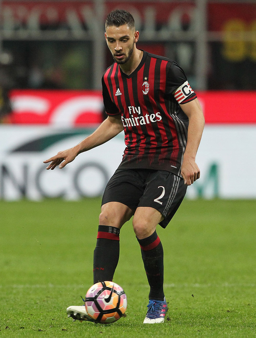 De Sciglio during Milan-Genoa at Stadio San Siro on the 18th of March 2017. (Photo by Marco Luzzani/Getty Images)