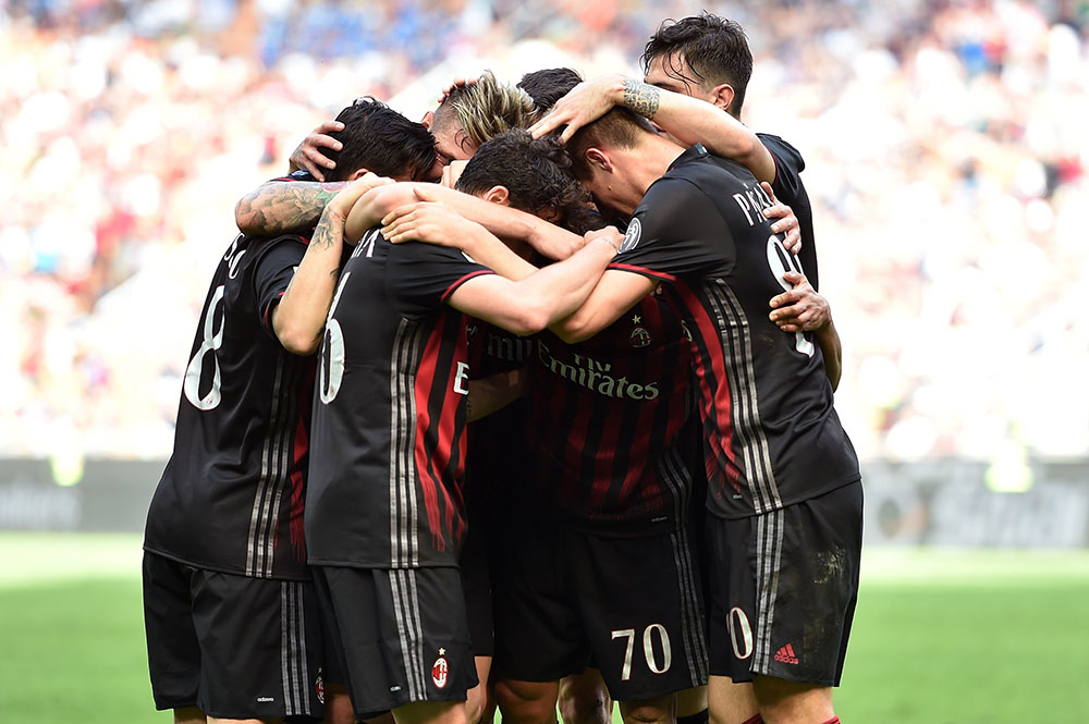 The team celebrates Bacca's goal during Milan-Palermo at Stadio San Siro on the 9th of April 2017. (Photo by Tullio M. Puglia/Getty Images)