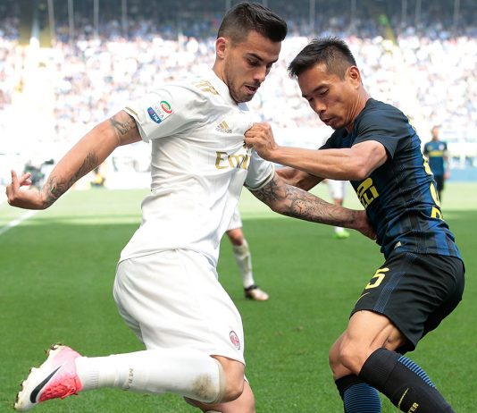 Suso and Yuto Nagatomo during Inter-Milan at Stadio San Siro on the 15th of April 2017. (Photo by Emilio Andreoli/Getty Images)