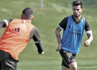 Suso during training at Milanello (@acmilan.com)