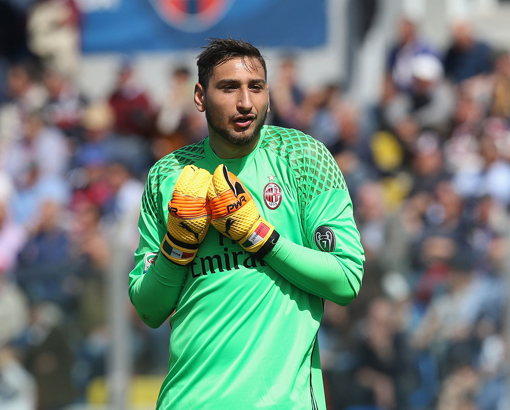 Gianluigi Donnarumma during Crotone-Milan at Stadio Comunale Ezio Scida on April 30, 2017. (Photo by Maurizio Lagana/Getty Images)