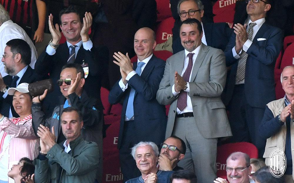 Marco Fassone and Massimiliano Mirabelli at the end of Milan-Bologna at Stadio San Siro on May 21, 2017. (@acmilan.com)