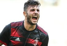 Patrick Cutrone celebrates during Bayern Munich-Milan at Universiade Sports Centre Stadium on July 22, 2017 in Shenzhen, China. (Photo by Lintao Zhang/Getty Images)