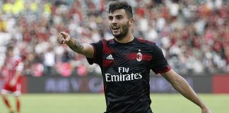 Patrick Cutrone celebrates during Bayern Munich-Milan at Universiade Sports Centre Stadium on July 22, 2017 in Shenzhen, China. (@acmilan.com)