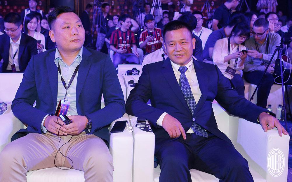 Yonghong Li and Han Li during a Milan event in Guangzhou, China, on the 16th of July, 2017. (@acmilan.com)
