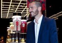 Leonardo Bonucci at Mondo Milan Museum on the 14th of July, 2017. (@acmilan.com)