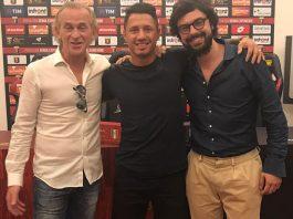 Gianluca Lapadula after joining Genoa. (via @G_Lapadula)
