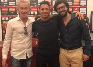 Gianluca Lapadula after joining Genoa. (via @G_Lapadula)