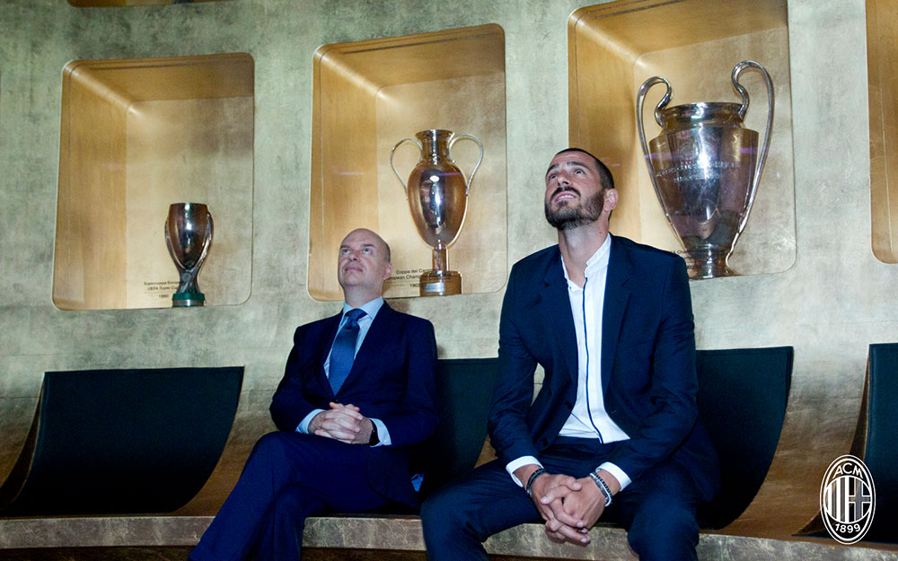 Leonardo Bonucci and Marco Fassone at Mondo Milan Museum on the 14th of July, 2017. (@acmilan.com)