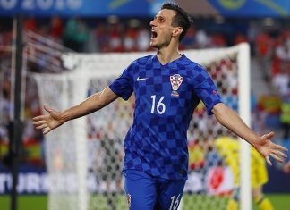 Nikola Kalinić during Croatia-Spain at Stade Matmut Atlantique on June 21, 2016 in Bordeaux, France. (Photo by Dean Mouhtaropoulos/Getty Images)