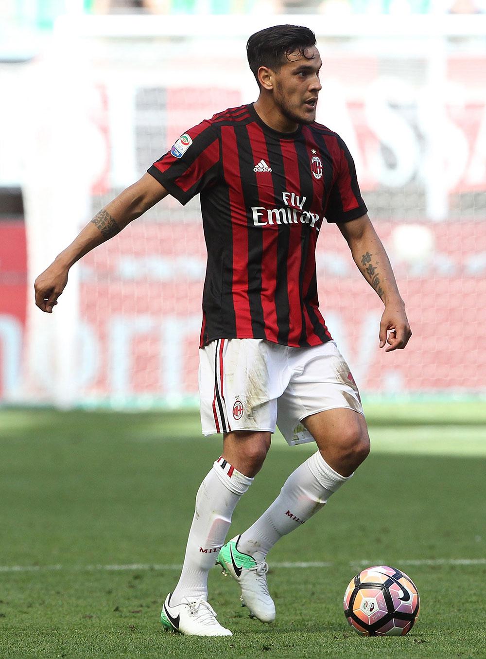 Milan Reject Fenerbah U00e7e U0026 39 S Loan Plus Option To Buy Offer