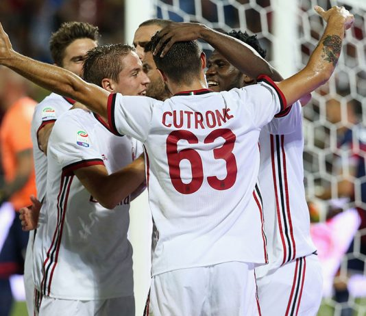 Milan players celebrating during Crotone-Milan at the Ezio Scida Stadium on August 20 2017. (CARLO HERMANN/AFP/Getty Images)